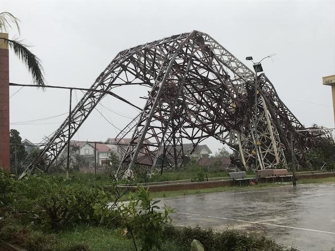 Bão số 10 làm Hà Tĩnh thiệt hại hơn 6000 tỷ đồng, 82 người thương vong - Ảnh 1.