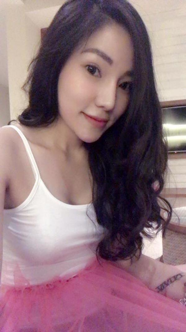 Loạt hình lột xác gợi cảm của vợ cũ Lâm Vinh Hải - Ảnh 5.