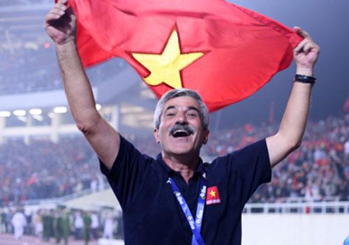 Luẩn quẩn chuyện tuyển Lái trưởng của bóng đá ĐNÁ: Việt Nam khéo lại dùng người cũ - Ảnh 2.