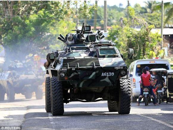 Philippines đã triển khai những vũ khí nào chống phiến quân thân IS? 1
