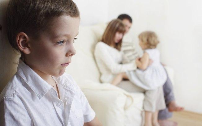 Mắc 10  thói quen không hay dưới đây, con bạn sẽ trở nên khó dạy và xấu tính - Ảnh 4.