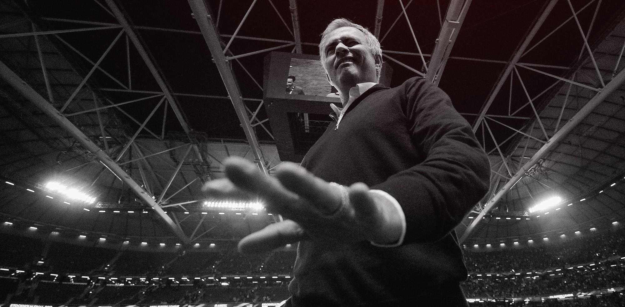 Mourinho, Pep & đại chiến Manchester: Đàn ông đích thực còn cần cả kẻ thù nữa! - Ảnh 15.