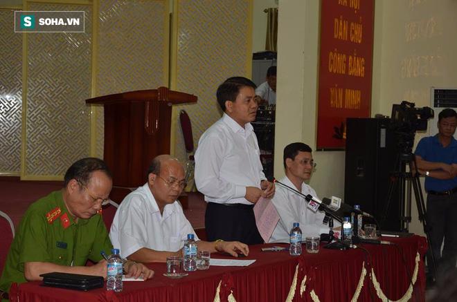 Người dân Đồng Tâm không đến UBND huyện gặp Chủ tịch Chung, cuộc đối thoại biến thành cuộc họp - Ảnh 3.