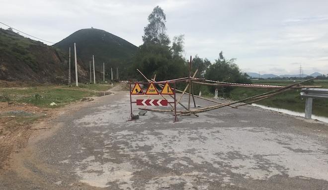 Con đường 68 tỷ ở Nghệ An: Sáng đi thấy một vết nứt, chiều về không thấy đường đâu nữa 5