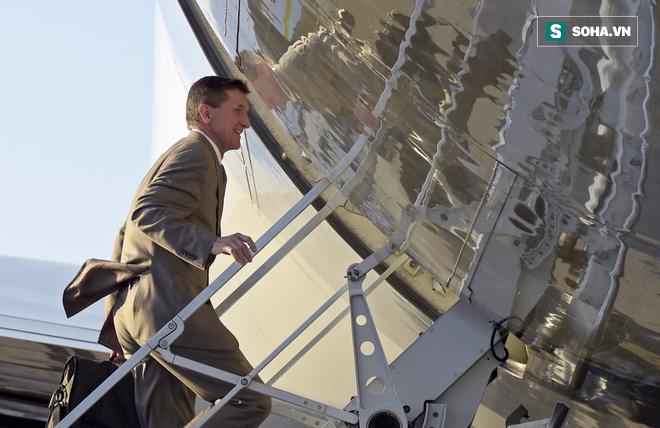 Cố vấn an ninh từ chức, những ngày đau đầu với mớ bòng bong của Trump mới bắt đầu - Ảnh 1.