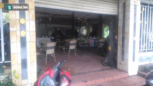 Nghi nhiễm HIV vẫn đi hiếp dâm chủ quán cà phê, cứa cổ em trai nạn nhân - Ảnh 1.