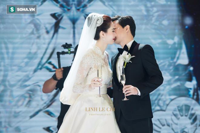 [TRỰC TIẾP] Toàn cảnh đám cưới Đặng Thu Thảo: Không gian cưới lộng lẫy như truyện cổ tích - Ảnh 3.