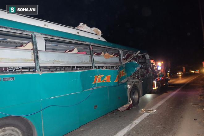 Hiện trường vụ nổ xe khách khiến 2 người tử vong ở Bắc Ninh - Ảnh 6.