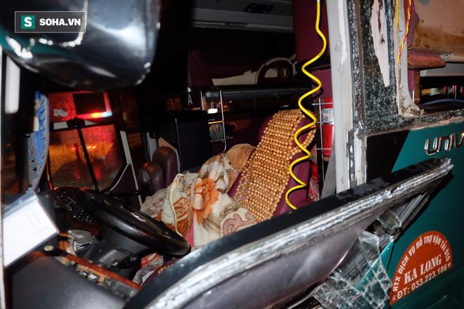 Hiện trường vụ nổ xe khách khiến 2 người tử vong ở Bắc Ninh - Ảnh 5.