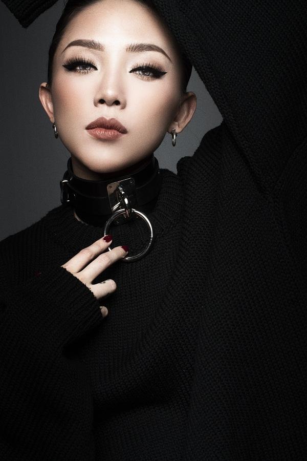 Tóc Tiên hủy nhiều show diễn để tập trung làm HLV The Voice - Ảnh 1.