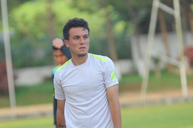 Sau lời ca ngợi, ngoại binh HAGL tiết lộ điều làm U20 Việt Nam phải e ngại - Ảnh 1.