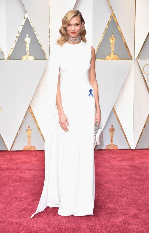 Thảm đỏ Oscar 2017: Mỹ nhân 50 Sắc Thái mờ nhạt dù mặc toàn đồ hiệu - Ảnh 2.