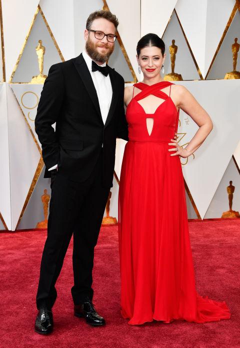 Thảm đỏ Oscar 2017: Mỹ nhân 50 Sắc Thái mờ nhạt dù mặc toàn đồ hiệu - Ảnh 29.