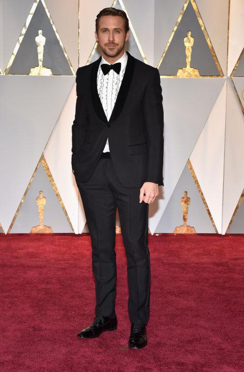 Thảm đỏ Oscar 2017: Mỹ nhân 50 Sắc Thái mờ nhạt dù mặc toàn đồ hiệu - Ảnh 31.