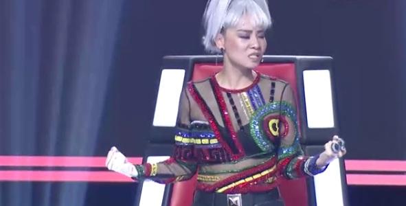 Giám khảo sửng sốt trước thí sinh nam hát giọng nữ, dám đấu giọng với Thu Minh - Ảnh 5.