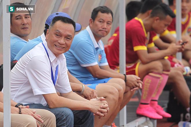 Trọng tài Nguyễn Trọng Thư là nỗi ám ảnh với cầu thủ, BHL CLB Sài Gòn - Ảnh 1.