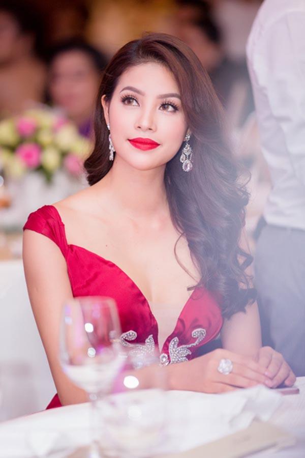 Phạm Hương, Huyền My tuyên bố không có bạn thân trong showbiz - Ảnh 2.