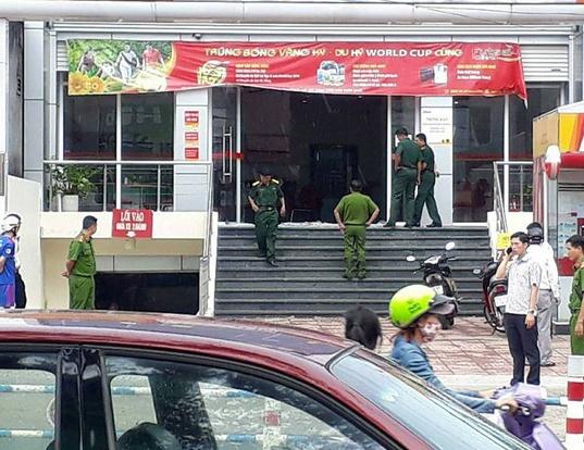 Vụ cướp ngân hàng táo tợn ở Đồng Nai: Xác định chân dung nghi phạm - Ảnh 1.
