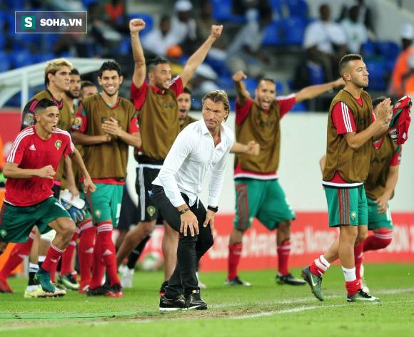 Nhà ảo thuật từng khiến Real Madrid run sợ đứng trước cơ hội sang Việt Nam làm HLV - Ảnh 2.