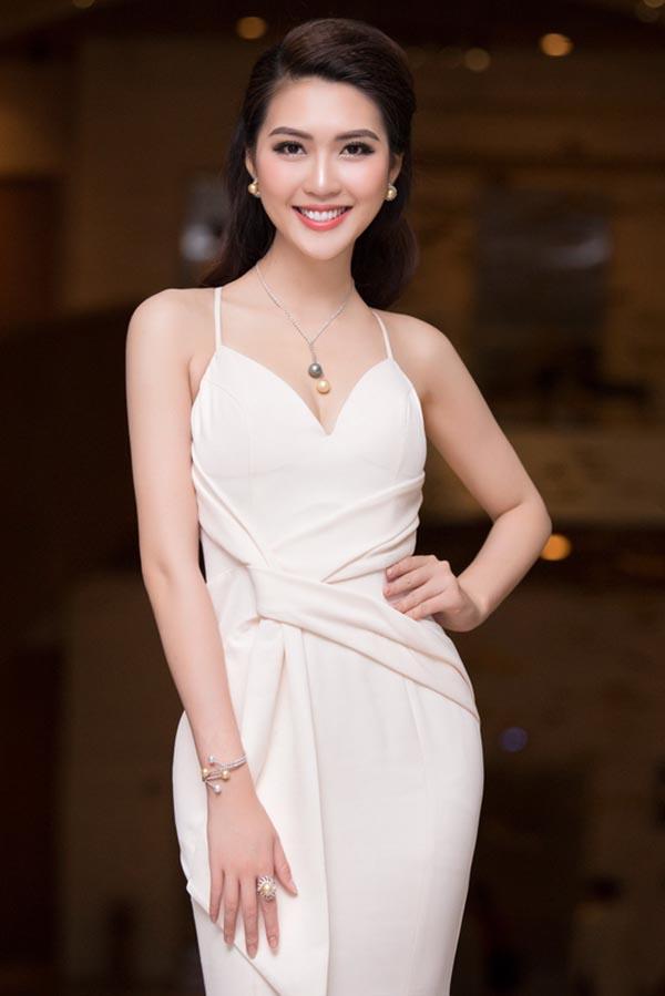 Vẻ nóng bỏng của 5 mỹ nhân Việt sắp thi nhan sắc quốc tế - Ảnh 27.
