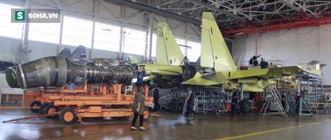 Sợ mất tỷ USD, Nga bất ngờ tung tuyệt chiêu khiến TQ sững sờ, hết cửa sao chép Su-35 - Ảnh 1.
