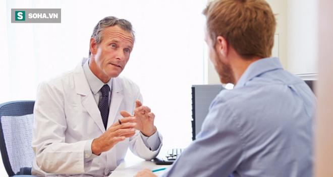 Dấu hiệu nhạy cảm và hay bị phớt lờ cảnh báo căn bệnh ung thư chỉ có ở nam giới - Ảnh 1.