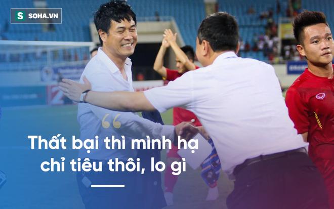 Vô địch Đông Nam Á, nhưng Kiatisak còn lâu mới bằng được Hữu Thắng - Ảnh 2.
