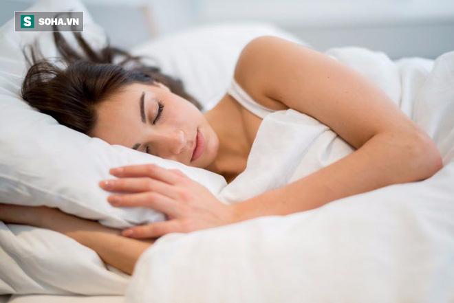 Lời khuyên giúp bạn thức tỉnh: ĂN SẠCH thôi chưa đủ, hãy NGỦ SẠCH để ngừa mọi bệnh tật - Ảnh 2.