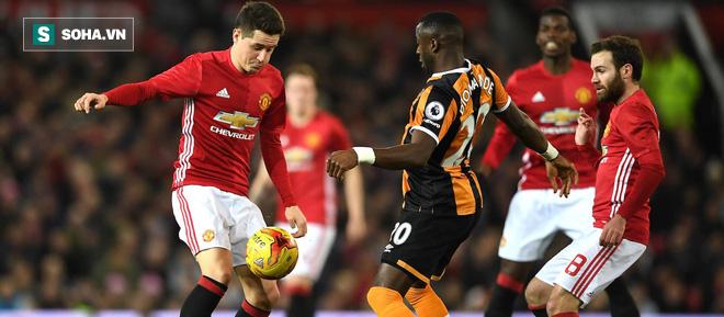 Man United: Tre chưa già, măng non đã sẵn sàng lĩnh trọng trách nơi tuyến đầu - Ảnh 1.