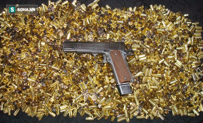 Người Mỹ thu nhặt vỏ đạn như thế nào khi họ dùng súng nhiều đến vậy? - Ảnh 1.
