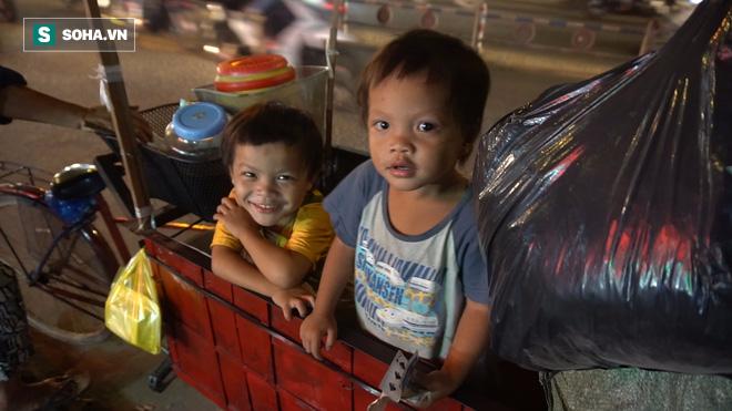 Người phụ nữ 24 tuổi đẻ 5 đứa con, sống bằng nghề nhặt rác, bán vé số giữa Sài Gòn - Ảnh 4.