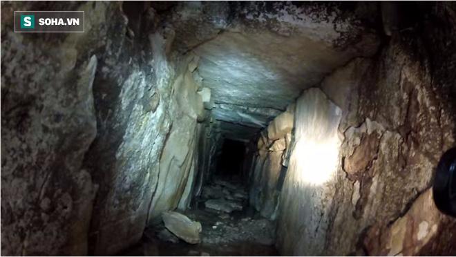 Phát hiện đường hầm bí ẩn dưới kim tự tháp Maya - Ảnh 2.