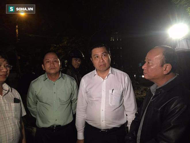Sập công trình ở Đà Nẵng, 5 người được đưa ra ngoài - Ảnh 2.