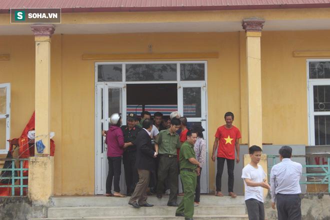 19 cán bộ, chiến sỹ phấn khởi khi được thả, dân Đồng Tâm hân hoan vì không bị xử lý hình sự - Ảnh 5.