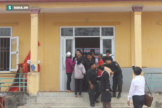 19 cán bộ, chiến sỹ phấn khởi khi được thả, dân Đồng Tâm hân hoan vì không bị xử lý hình sự - Ảnh 2.