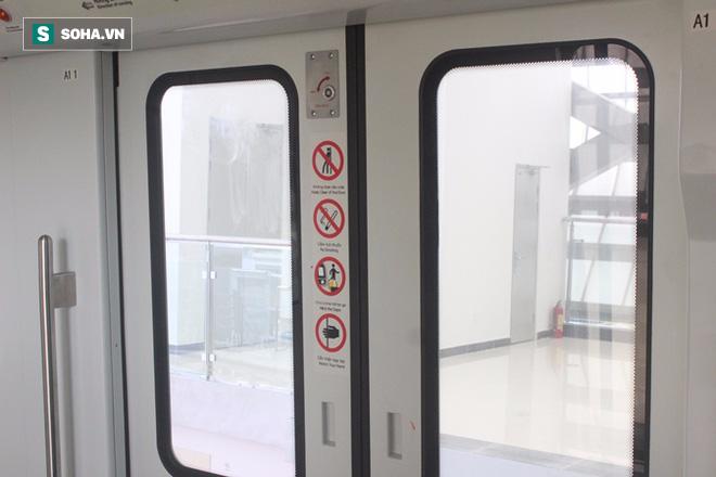 Cận cảnh nhà ga, tàu đường sắt trên cao Cát Linh - Hà Đông - ảnh 19