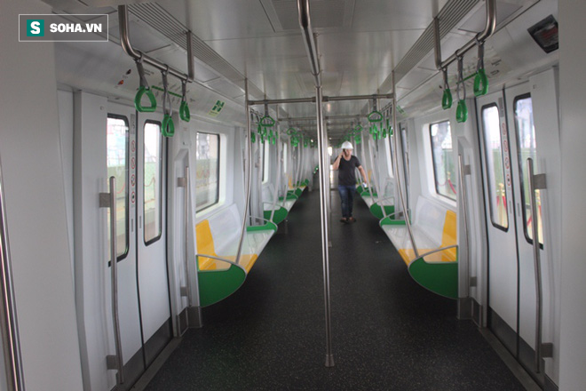 Cận cảnh nhà ga, tàu đường sắt trên cao Cát Linh - Hà Đông - ảnh 12