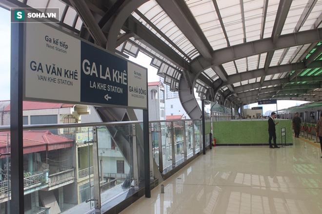 Cận cảnh nhà ga, tàu đường sắt trên cao Cát Linh - Hà Đông - ảnh 7