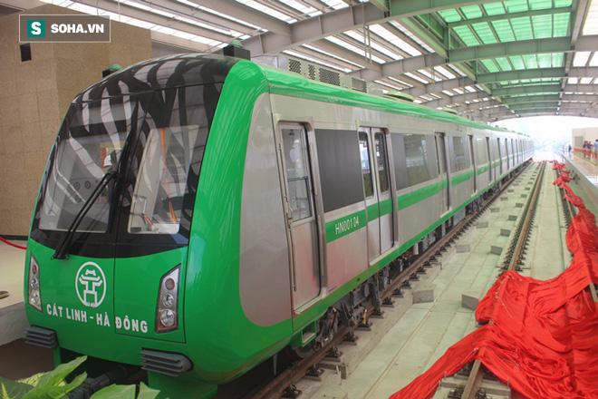 Cận cảnh nhà ga, tàu đường sắt trên cao Cát Linh - Hà Đông - ảnh 3