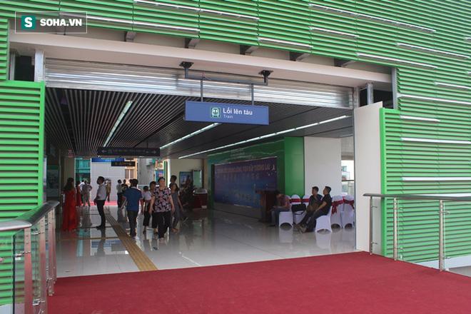 Cận cảnh nhà ga, tàu đường sắt trên cao Cát Linh - Hà Đông - ảnh 1