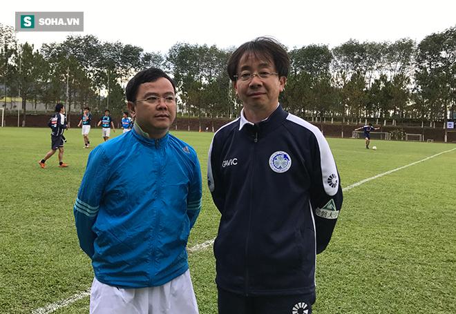 Chủ tịch CLB Nhật chia sẻ lý do Công Phượng bị thất sủng ở Mito Hollyhock - Ảnh 1.