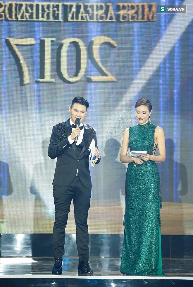 MC nổi tiếng HTV: Cậu bé tự kỷ, bị quấy rối tình dục giờ đã nổi danh Sài Gòn - Ảnh 1.