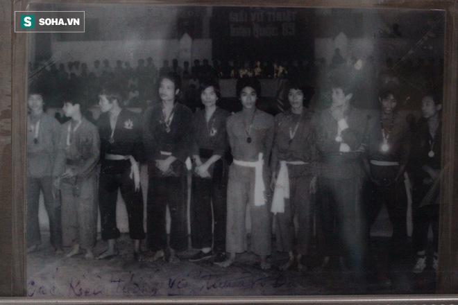 """Người có """"Nhất dương chỉ"""" bóc mẽ bí kíp võ công của Huỳnh Tuấn Kiệt - Ảnh 2."""