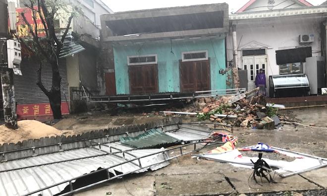 Bão số 10 làm Hà Tĩnh thiệt hại hơn 6000 tỷ đồng, 82 người thương vong - Ảnh 2.