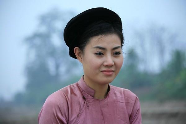 Phim Việt đang gây tranh cãi: Tôi ám ảnh với cảnh cô gái chửa hoang, bị cắt tóc bôi vôi và thả bè trôi sông - ảnh 1