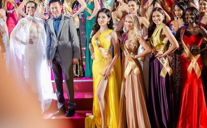 Huyền My lộng lẫy đáng kinh ngạc giữa dàn thí sinh Hoa hậu Hòa bình Quốc tế