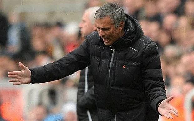 Điểm tương đồng đáng sợ của Klopp và Mourinho sẽ khiến 2 gã khổng lồ màu đỏ sụp đổ - Ảnh 2.