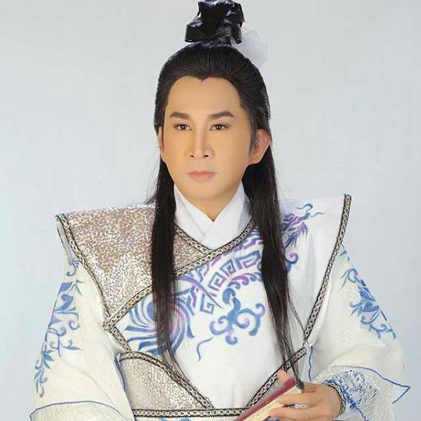 Chân dung vợ thứ 3 nổi tiếng của NSƯT Kim Tử Long - Ảnh 1.