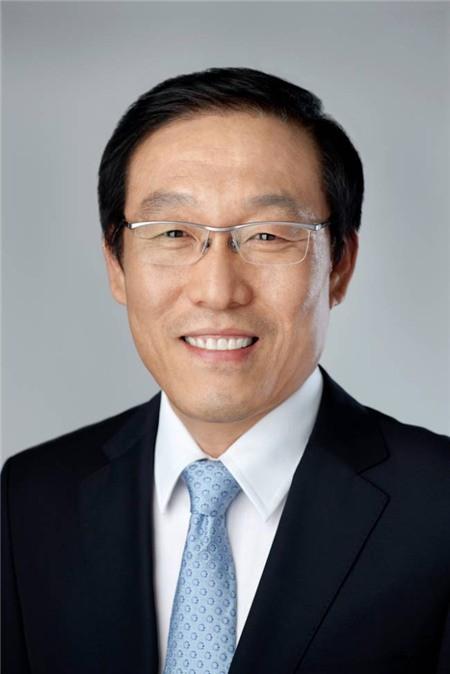 Samsung công bố bộ ba CEO mới - Ảnh 1.