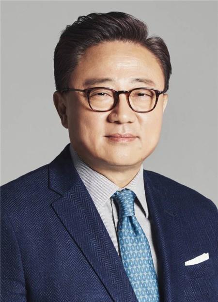 Samsung công bố bộ ba CEO mới - Ảnh 3.